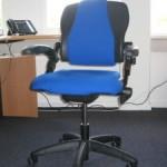 Brugt Håg kontorstol med blå polstring